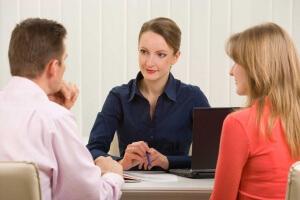 В чем заключается помощь юриста по жилищным делам