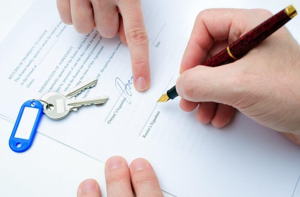 Как подать в суд на арендодателя?