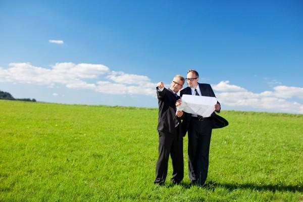 Спор о праве собственности на земельный участок
